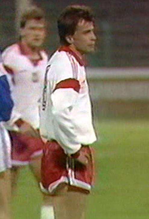 Roman Kosecki podczas meczu Polska - Jugosławia 0:0 (28.03.1990).