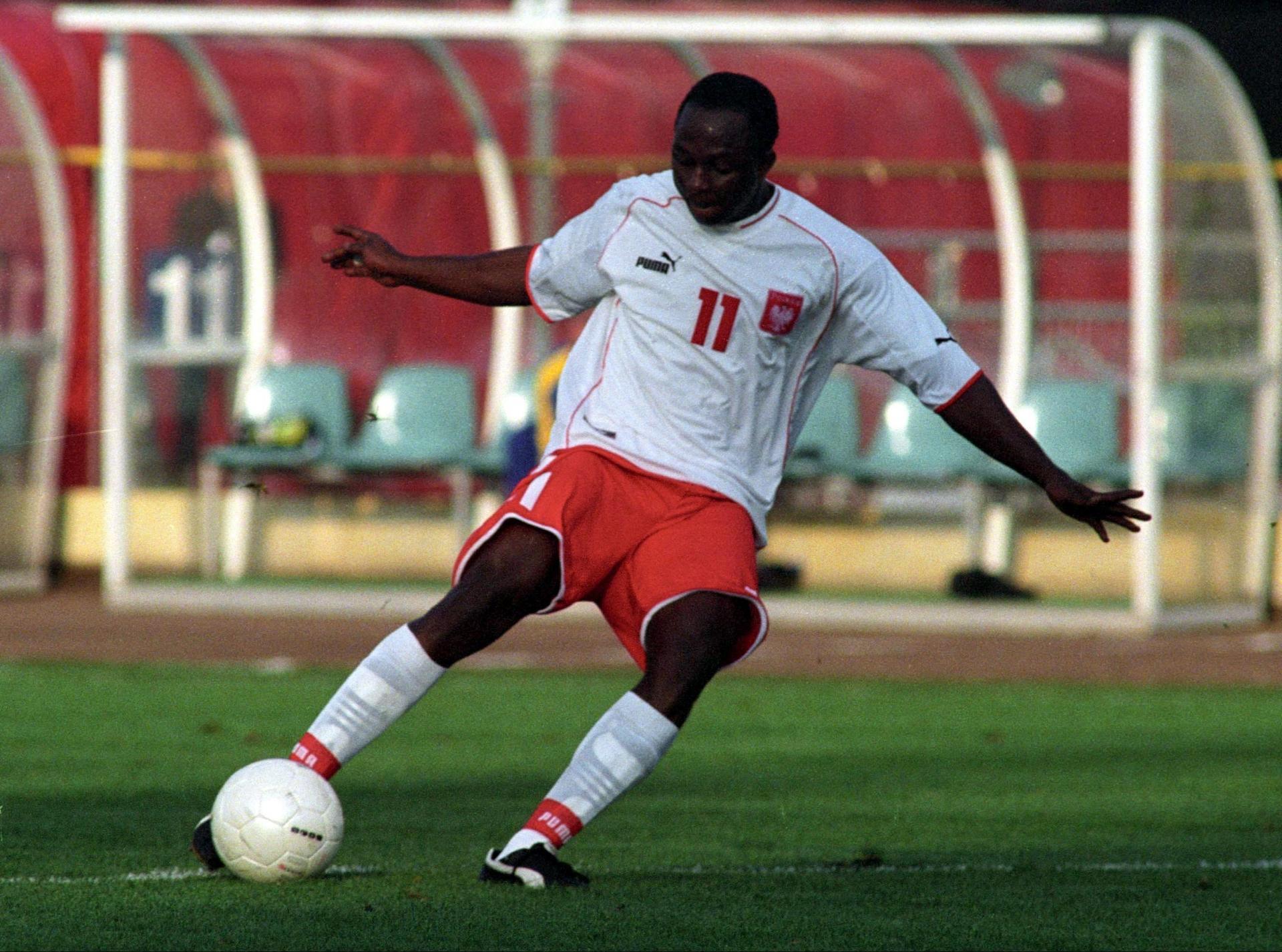 Emmanuel Olisadebe podczas meczu z Ukrainą na Stadionie Śląskim.