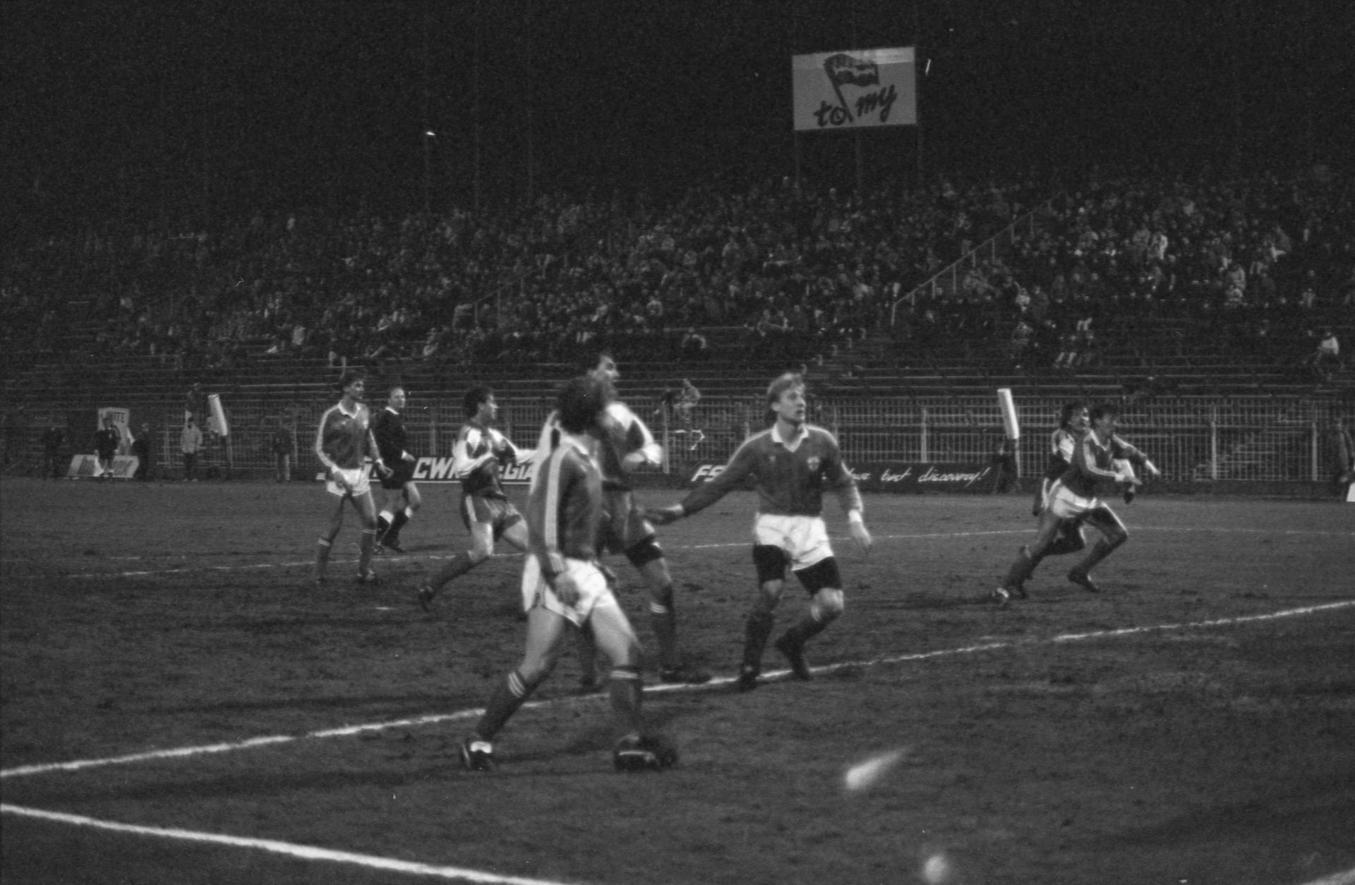 Zdjęcie z meczu Polska - Finlandia 1:1 (13.03.1991).