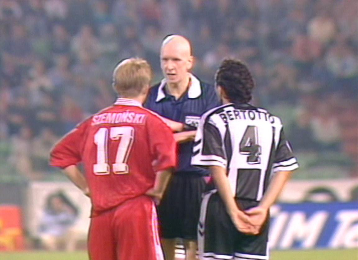 John Rowbotham, Marek Szmoński i Valerio Bertotto podczas meczu Udinese Calcio - Widzew Łódź 3:0 (30.09.1997).