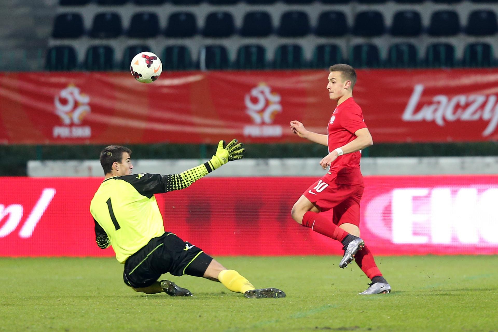 David Kopacz podczas meczu Polska - Czarnogóra 2:0 U-17 (28.03.2016).