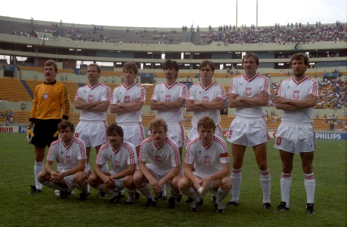 Polscy piłkarze przed meczem z Portugalią.