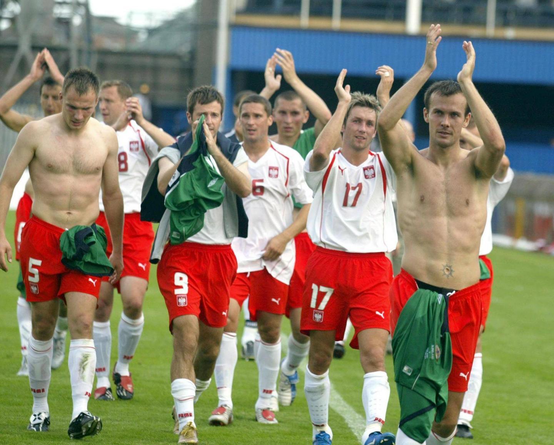Reprezentanci Polski dziękują naszym kibicom za doping po meczu z Belfaście. Polska wygrała 3:0 z Irlandią Północną.