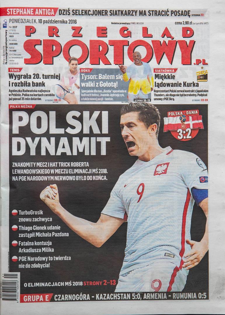 Okładka przeglądu sportowego po meczu Polska - Dania (8.10.2016)