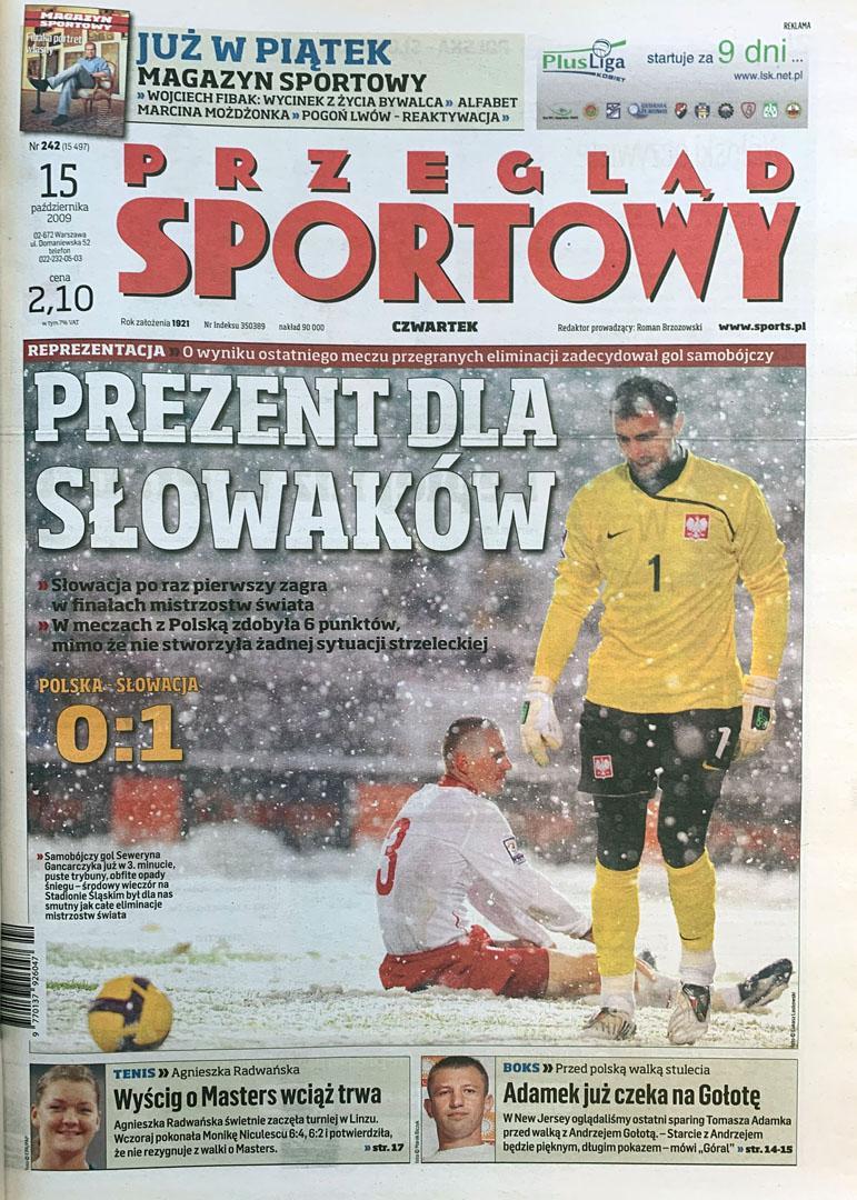Okładka przeglądu sportowego po meczu Polska - Słowacja (14.10.2009)