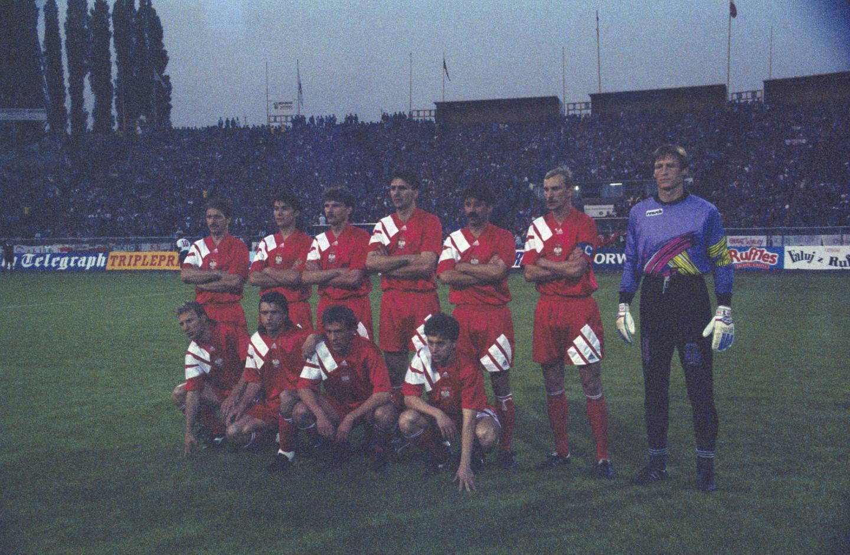 Reprezentacja Polski przed meczem z Anglią w Chorzowie w eliminacjach MŚ 1994.