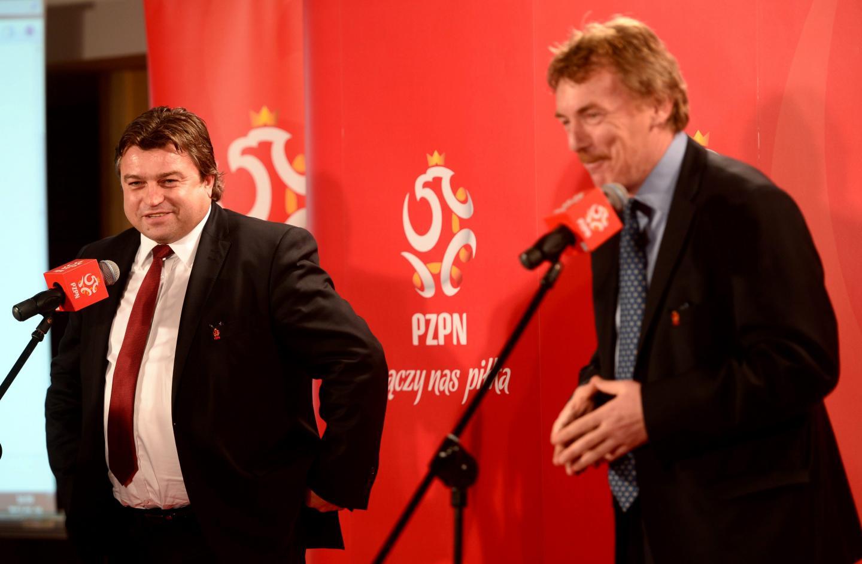 Roman Kosecki i Zbigniew Boniek podczas konferencji prasowej po posiedzeniu zarządu PZPN.