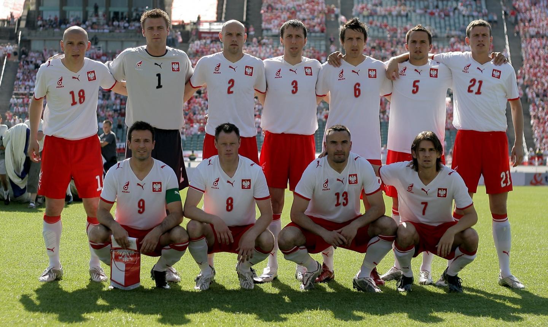 Zdjęcie grupowe reprezentacji Polski przed towarzyskim meczem z Danią (1:1) na Stadionie Śląskim w Chorzowie 1 czerwca 2008 roku.
