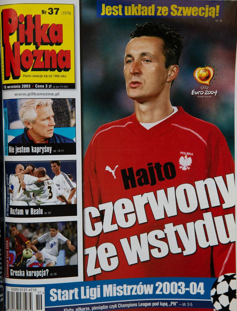 Okładka piłki nożnej po meczu polska - szwecja (10.09.2003)