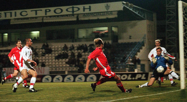 Bartosz Karwan podczas meczu Polska - Szwajcaria 4:0 (28.02.2001).