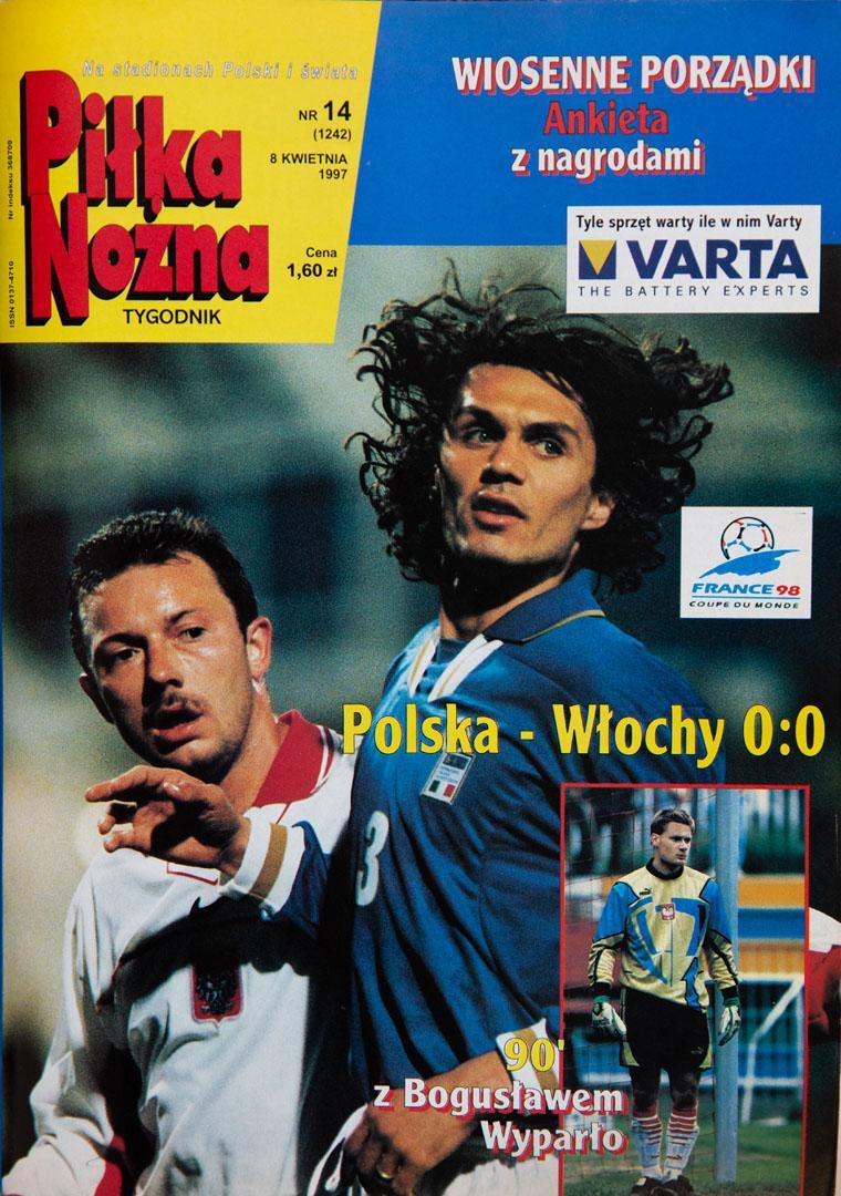 Okładka piłki nożnej po meczu polska - włochy (02.04.1997)