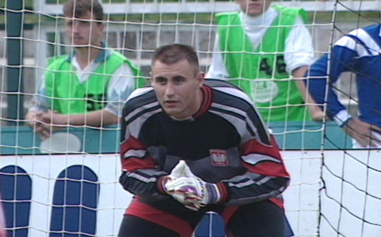 Grzegorz Szamotulski podczas meczu Polska - Cypr 2:2 (27.08.1996).