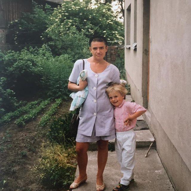 Kamil Grosicki w dzieciństwie z mamą Magdaleną.