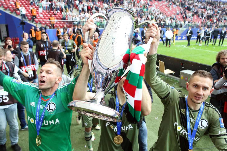 Arkadiusz Malarz i Artur Jędrzejczyk z Pucharem Polski 2016.