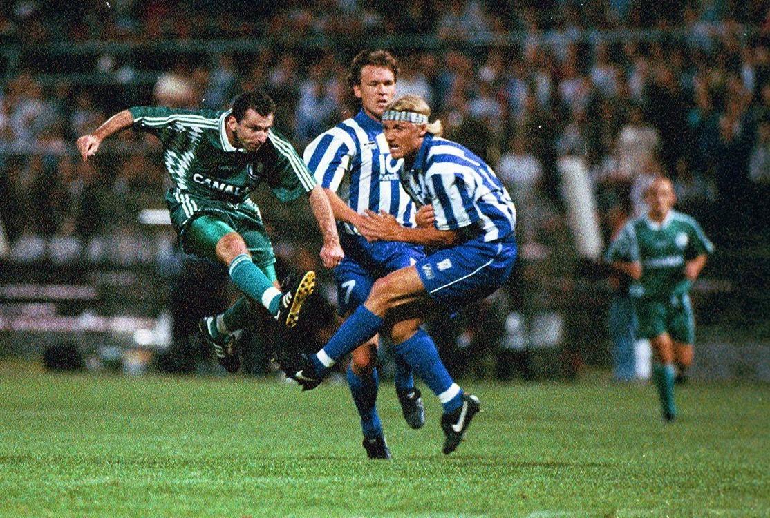 Jerzy Podbrożny podczas meczu Legia Warszawa - IFK Göteborg 1:0 (09.08.1995).