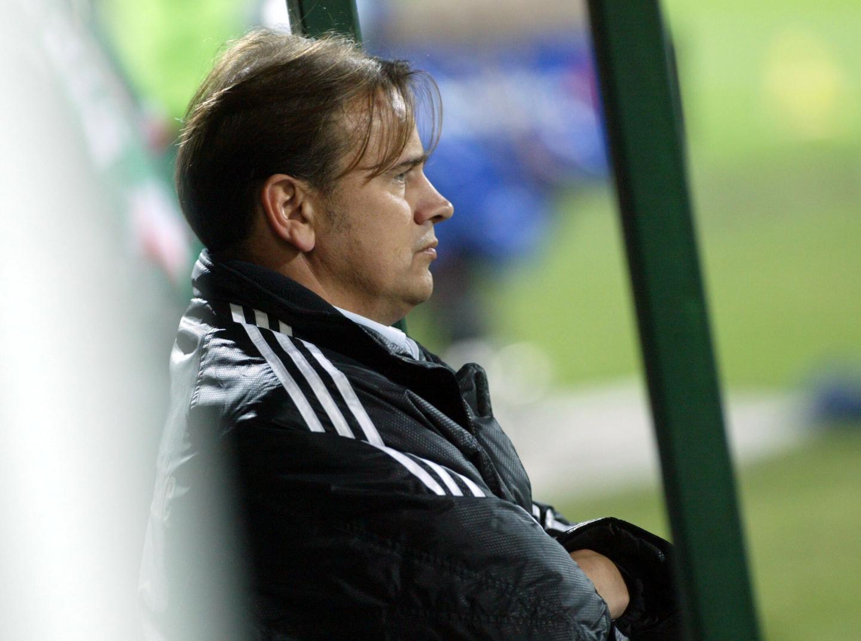 Dariusz Kubicki podczas meczu Legia - Austria Wiedeń w 2004 roku.