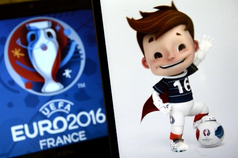 Maskotka Euro 2016 Super Victor.