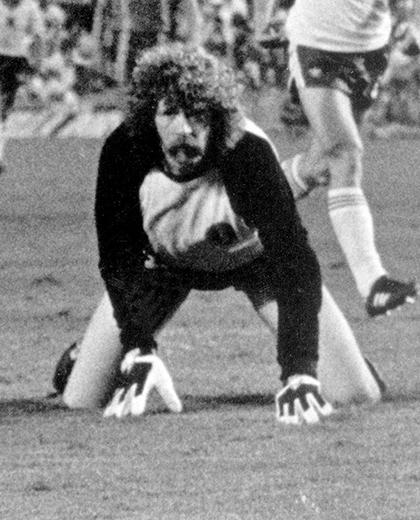 Polska - Belgia 3:0, 28.06.1982, porównanie zawodników Theo Custers