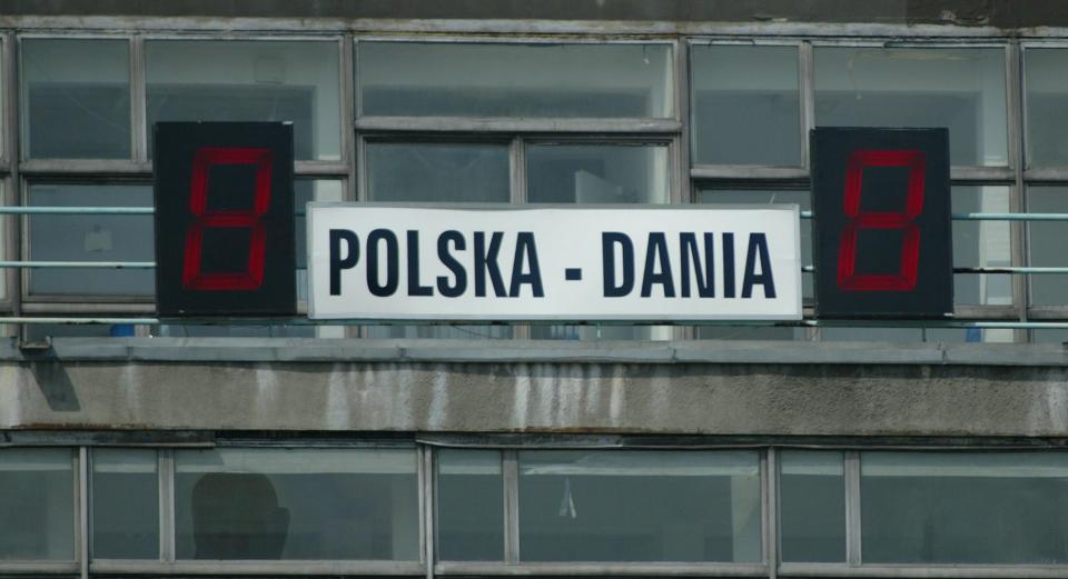 Tablica z wynikiem na Stadionie Śląskim.