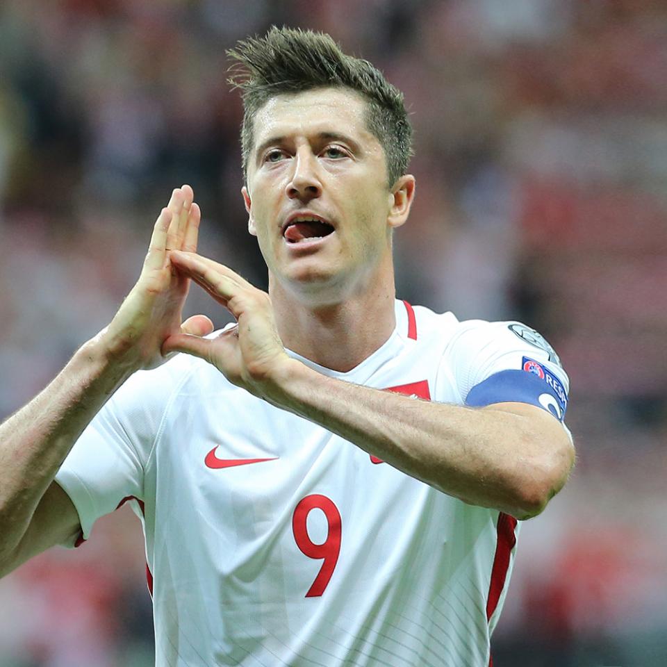 Polska - Rumunia 10.06.2017, porównanie piłkarzy Robert Lewandowski