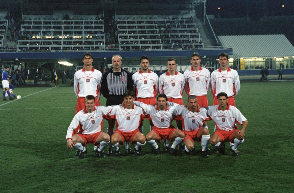Reprezentacja Polski przed meczem z Włochami w 1997 roku.
