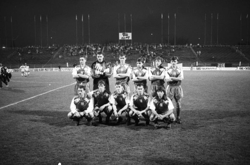 Reprezentacja Polski przed meczem z Turcją na stadionie Legii Warszawa w 1991 roku.