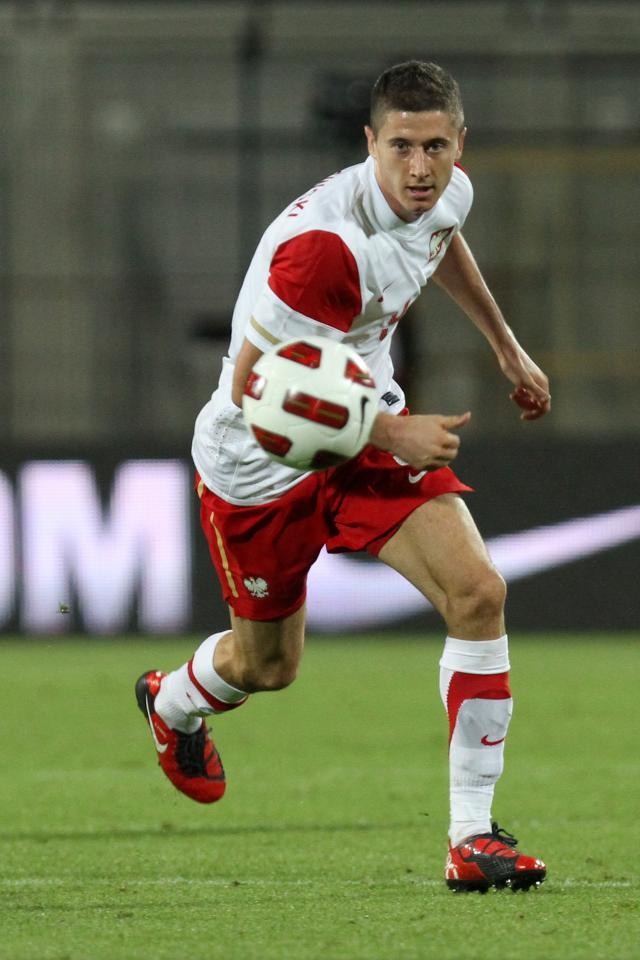 Porównanie - Robert Lewandowski Polska - Kamerun 11.08.2010
