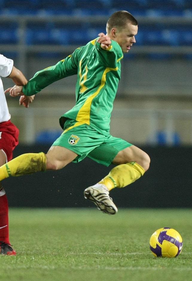 Darvydas Šernas podczas meczu Litwa-Polska 1:1 (07.02.2009)