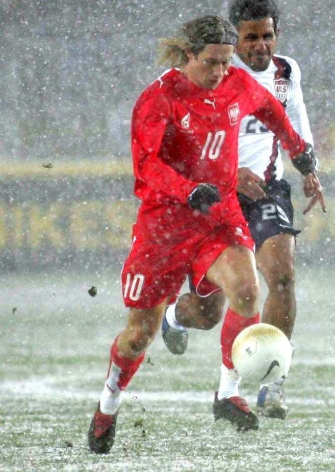 Mirosław Szymkowiak podczas meczu USA - Polska 1:0 (01.03.2006).