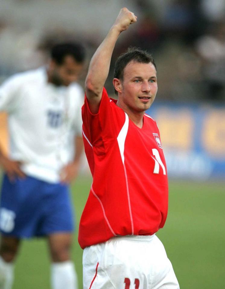Tomasz Frankowski w koszulce reprezentacji Polski.