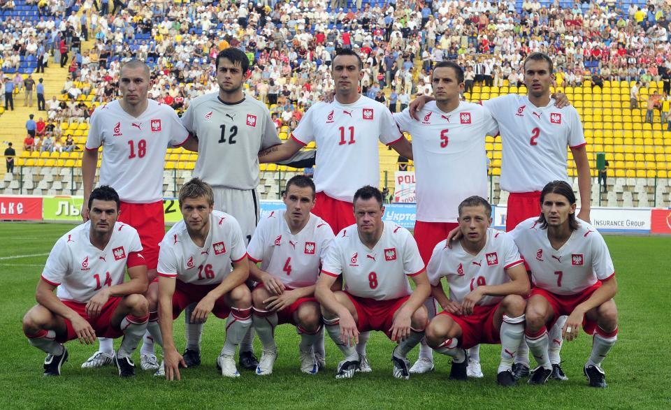 Grupowe zdjęcie reprezentacji Polski przed towarzyskim meczem z Ukrainą 20 sierpnia 2008 roku.