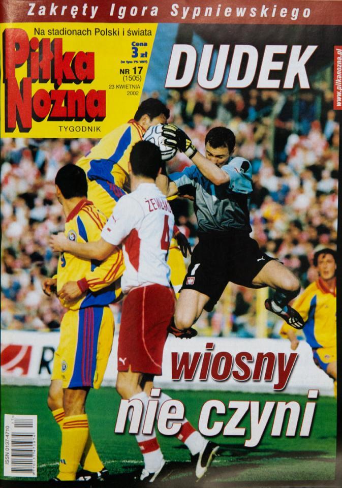 Okładka piłki nożnej po meczu Polska - Rumunia (17.04.2002)