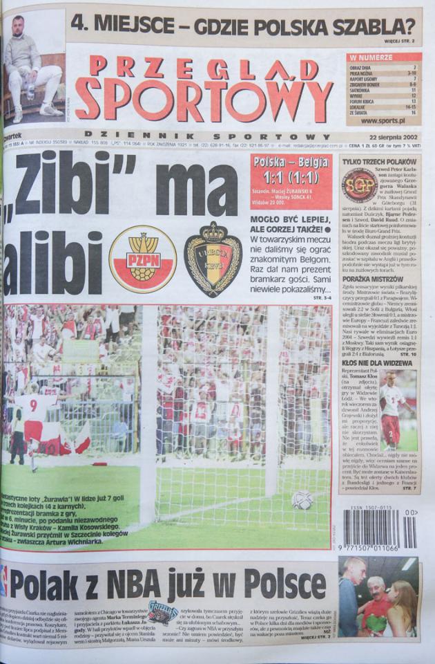 Okładka przeglądu sportowego po meczu Polska - Belgia (21.08.2002)
