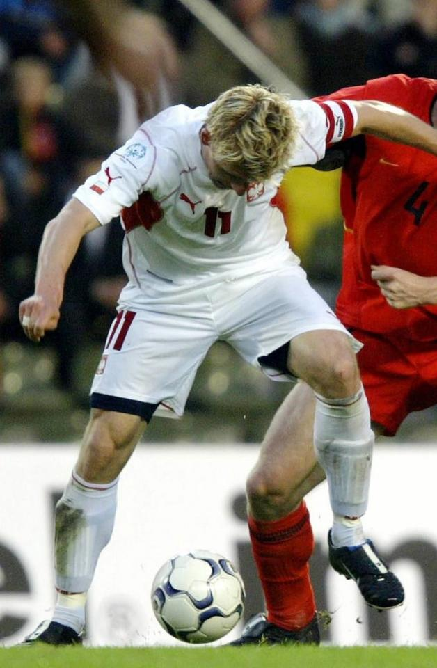 Artur Wichniarek podczas meczu Belgia - Polska 3:1 (30.04.2003).