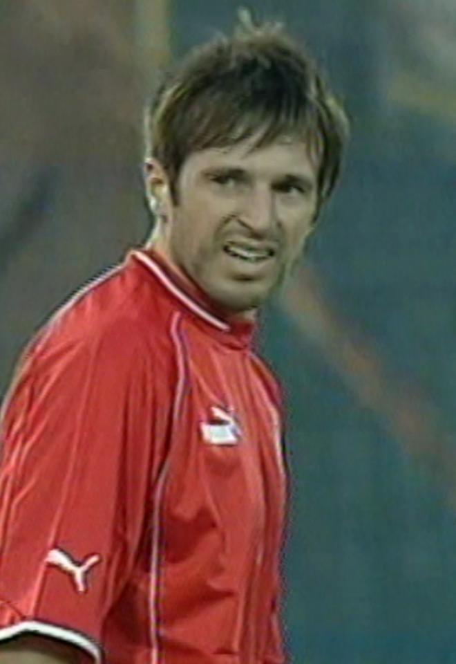 Maciej Żurawski podczas meczu Polska - Grecja 1:0 (29.05.2004).