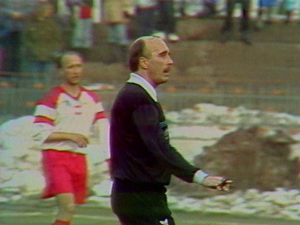 Piotr Werner podczas meczu Polska - Litwa 1:1 (31.03.1993).