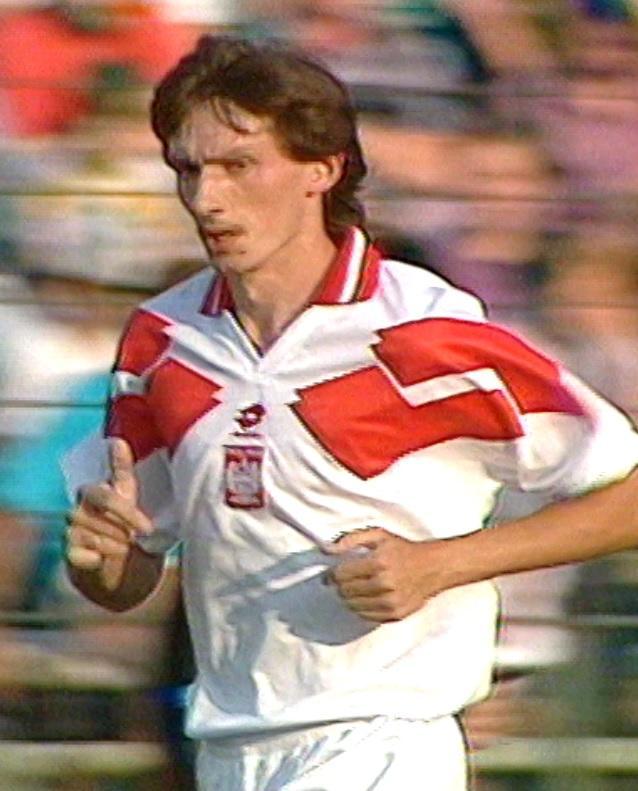 Dariusz Gęsior podczas meczu Polska - Białoruś 1:1 (17.08.1994).