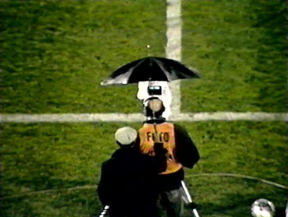 Operator kamery podczas meczu Izrael - Polska (03.02.1993)