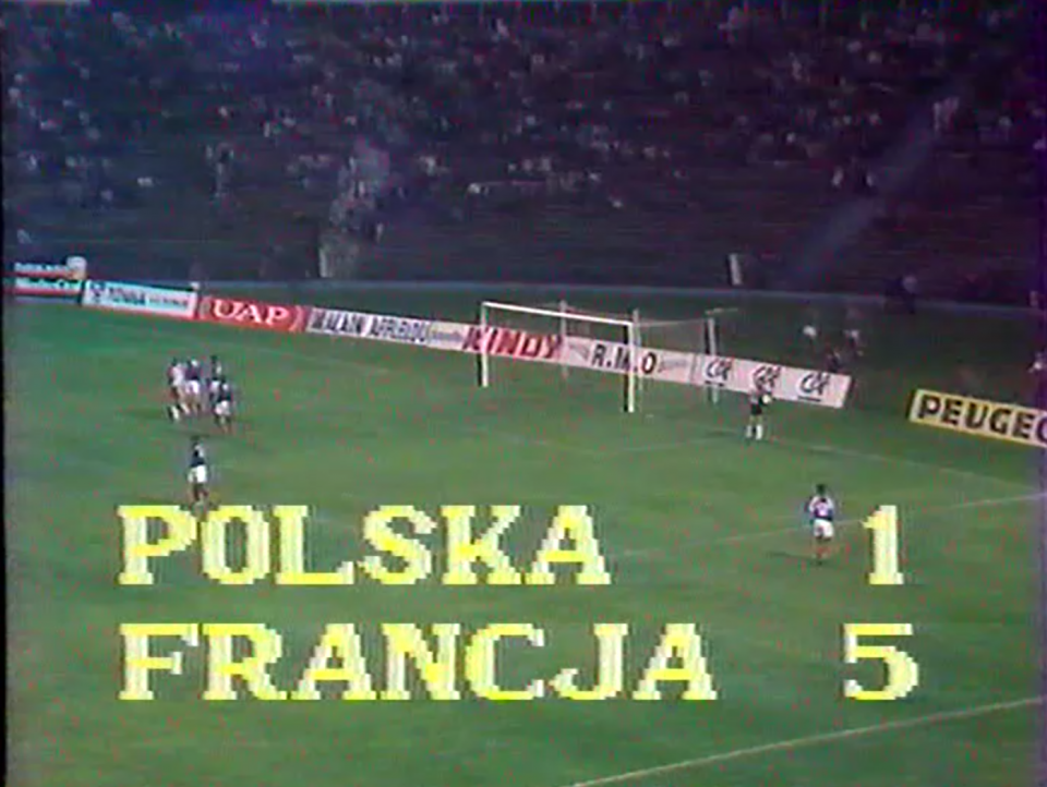 Tablica z transmisji z wynikiem Polska 1 Francja 5.