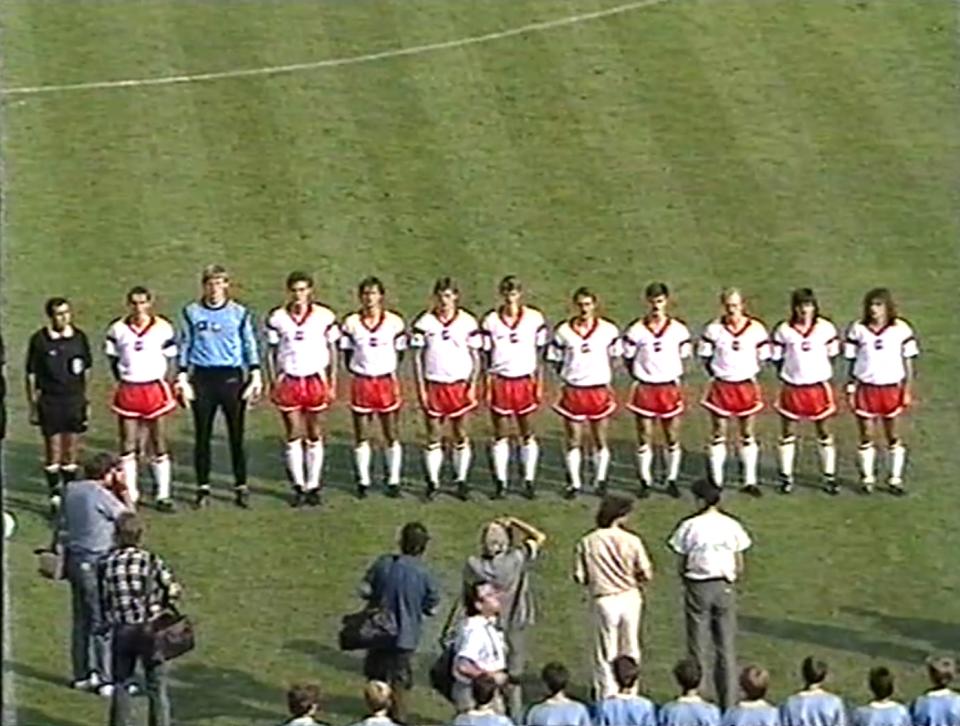 Reprezentacja Polski przed meczem z ZSRR w Lubinie, 23 sierpnia 1989 roku.