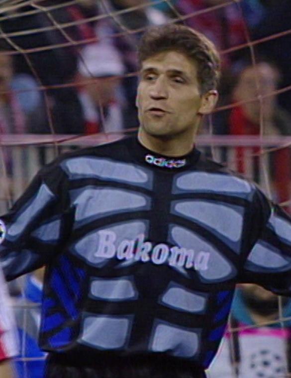 Maciej Szczęsny podczas meczu Atlético Madryt - Widzew Łódź 1:0 (04.12.1996).