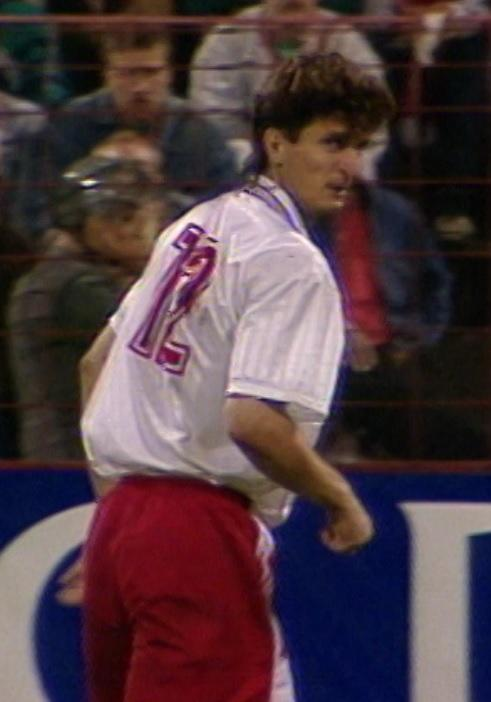 Sławomir Majak podczas meczu Widzew Łódź - Brøndby Kopenhaga 2:1 (07.08.1996).