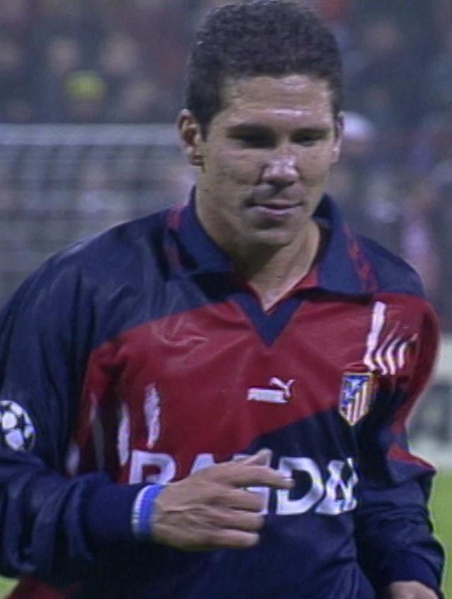 Diego Simeone podczas meczu Widzew Łódź - Atlético Madryt 1:4 (25.09.1996).