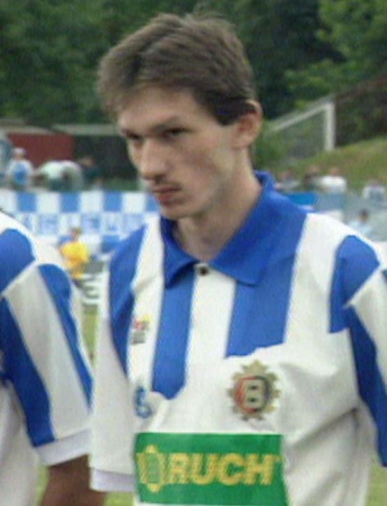 Dariusz Gęsior podczas meczu Ruch Chorzów - GKS Bełchatów 1:0 (16.06.1996)