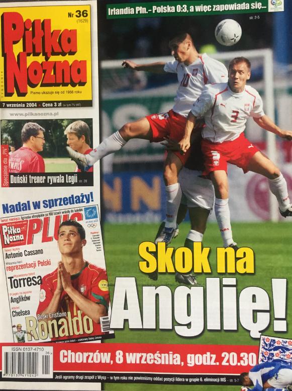 Okładka piłki nożnej po meczu irlandia płn. - polska (06.09.2004)
