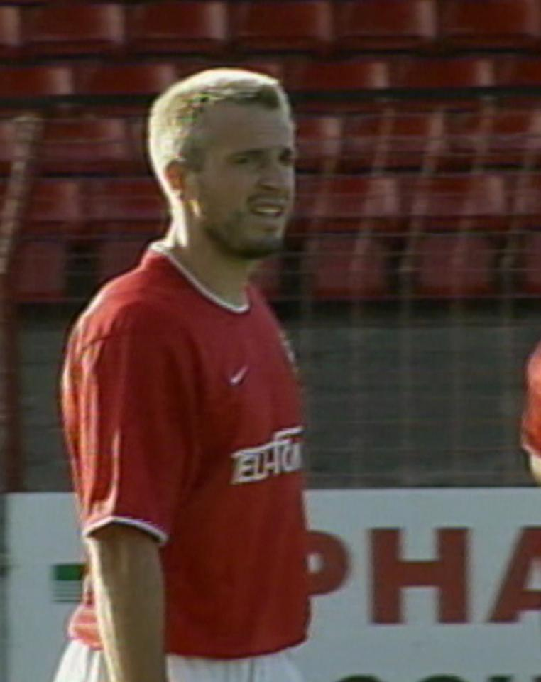 Maciej Żurawski podczas meczu Glentoran FC - Wisła Kraków 0:2 (15.08.2002).