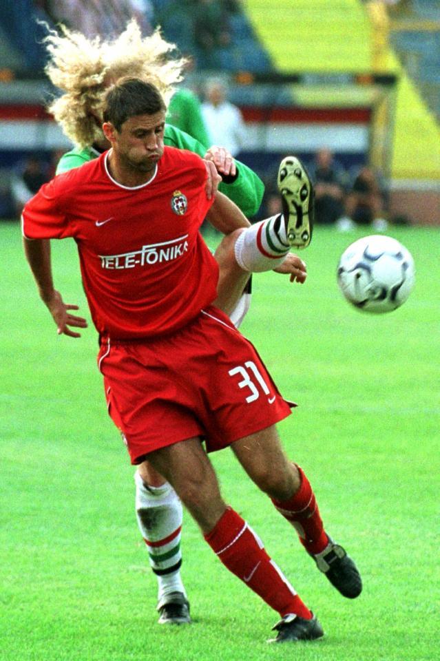 Marcin Kuźba podczas meczu Wisła Kraków - Glentoran FC 4:0 (29.08.2002).