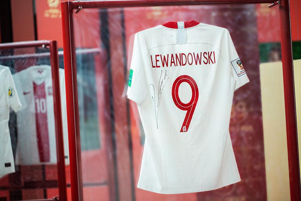 Koszulka Roberta Lewandowskiego - tył
