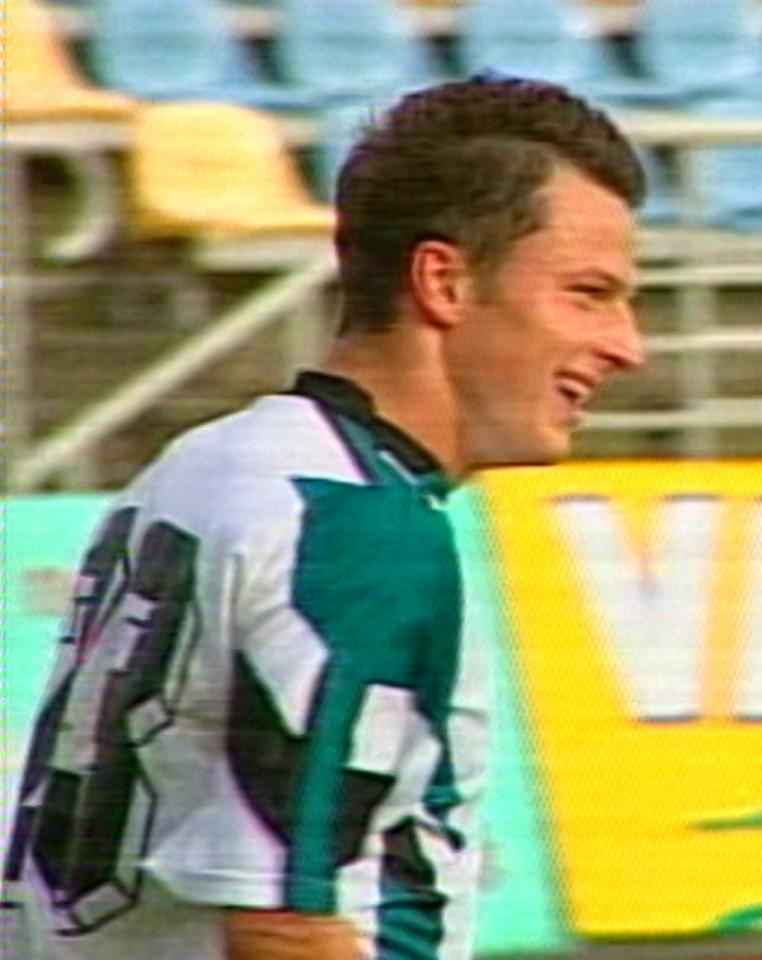 Andrzej Niedzielan podczas meczu Atlantas Kłajpeda - Groclin Dyskobolia Grodzisk Wlkp. 1:4 (27.08.2003)