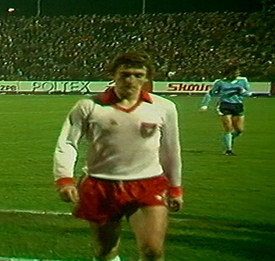 Marek Dziuba podczas meczu Widzew Łódź – Borussia Mönchengladbach 1:0 (07.11.1984)